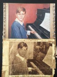 ליד הפסנתר.1928